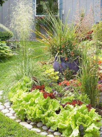 Декоративное оформление сада и огорода своими руками