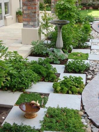 Как оформить сад и огород своими руками