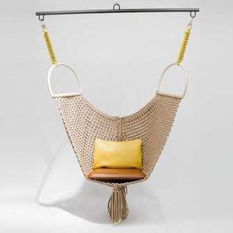 В этой статье мы расскажем, как смастерить удобное подвесное кресло своими руками