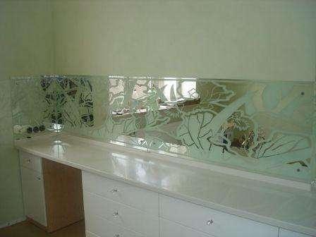 зеркальное стекло на кухню - скинали