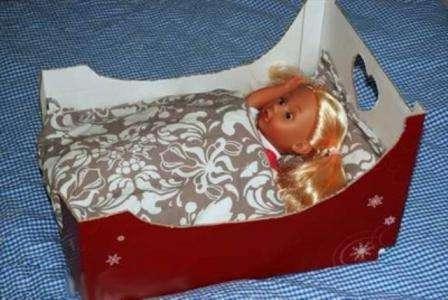 Интересно будут смотреться и кроватки для кукол