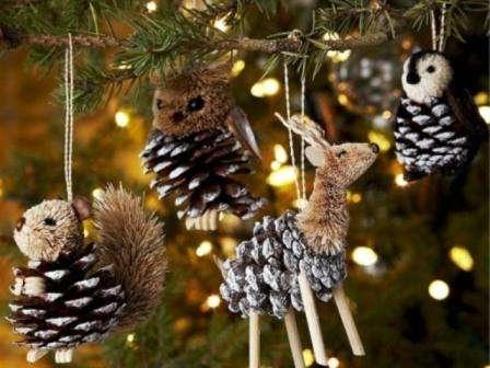 шишки на новогодней елке