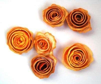 Роза, поделка из апельсиновых корок