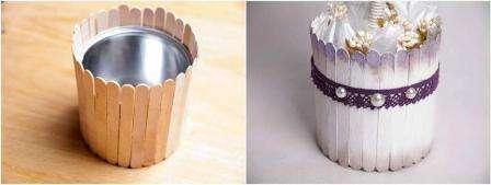 Возьмите банку или вазон и оклейте внешнюю поверхность емкости палочками от мороженого.