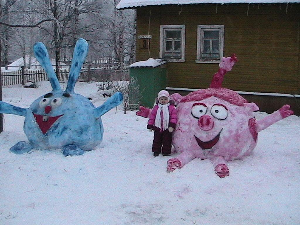 как украсить двор зимой своими руками фото