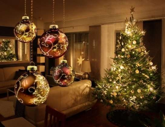 как украсить елку в год