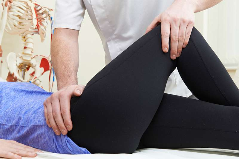 боль в мышцах бедра причины