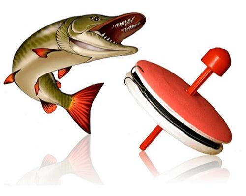 Известно очень много разных конструкций этой популярной снасти, в основе - плавучая база, которая имеет запас лески и сигнализатор поклевки. Оснастка для кружка тоже может быть разной